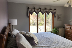 Valance with Medallions