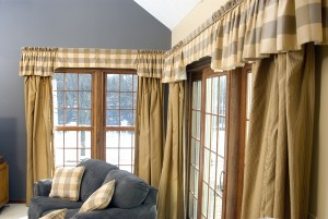 valances and drapes for a family room